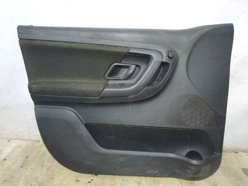 Обшивка двери Skoda Fabia 2013 передняя левая (б/у)