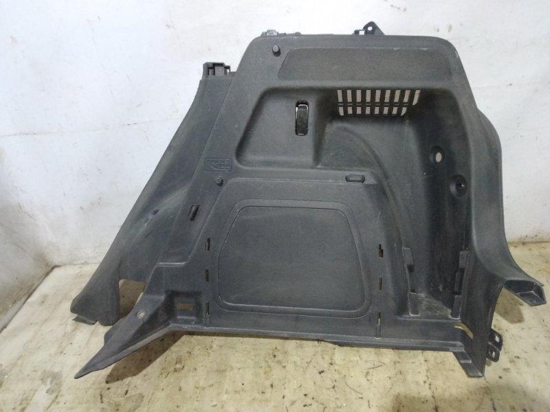 Обшивка багажника боковая Skoda Fabia 2013 задняя правая (б/у)