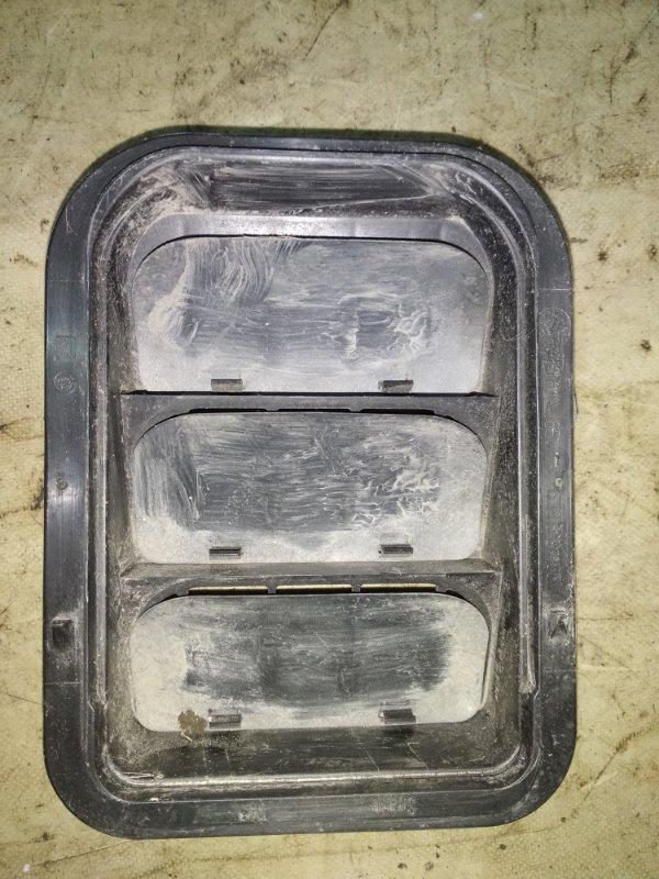 Решетка вентиляционная Skoda Fabia 2013 задняя (б/у)