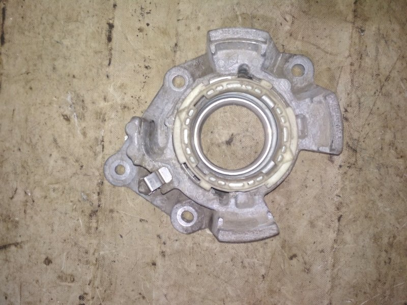Кронштейн Renault Kangoo 2 KWOY K7M 2011 (б/у)