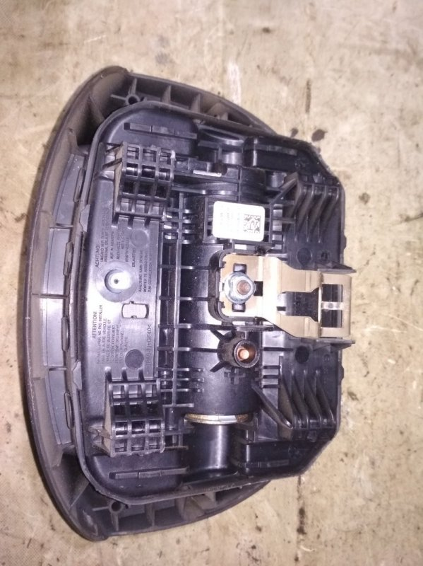 Подушка безопасности в руль Renault Kangoo 2 KWOY K7M 2011 (б/у)