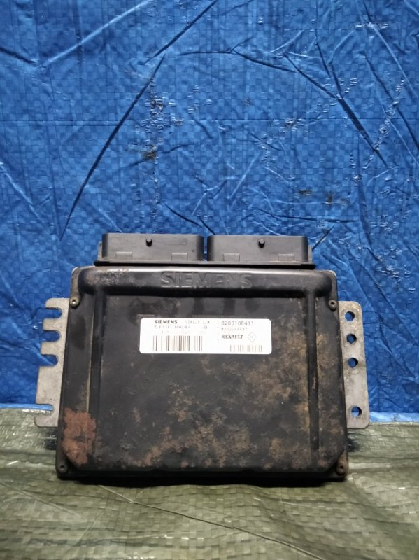 Блок управления двигателем (эбу) Renault Symbol 1 2002 (б/у)