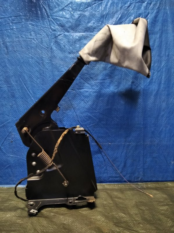 Рычаг стояночного тормоза Iveco Daily 2009 (б/у)
