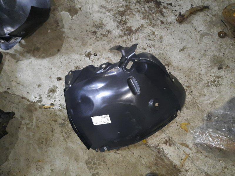 Подкрылок Renault Fluence передний левый (б/у)