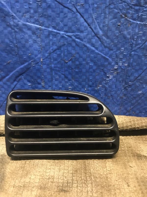 Дефлектор торпеды Peugeot 406 СЕДАН 1.8 I 16V 117ЛС EW7J4 2003 правый (б/у)