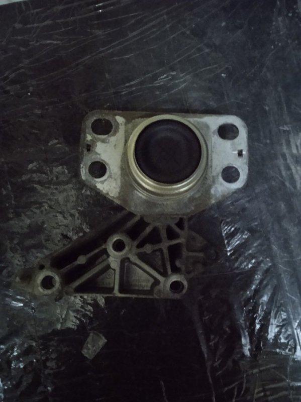 Кронштейн опоры двигателя Renault Symbol 1 СЕДАН K7J 2002 (б/у)
