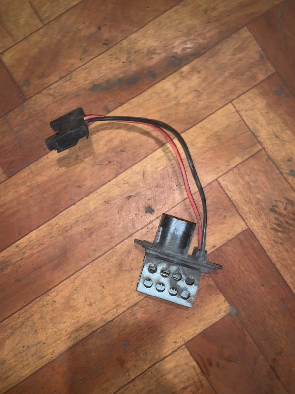 Резистор печки Kangoo 1 K7J 1999 (б/у)