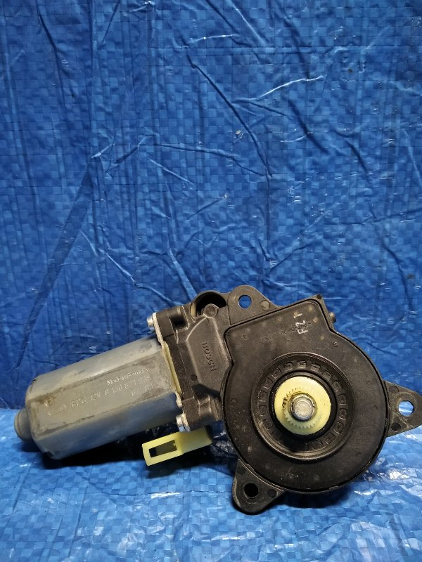 Мотор стеклоподъемника Ford Fusion 2007 передний левый (б/у)