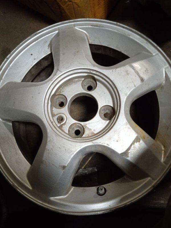 Диск колесный литой Renault Нет Модели передний правый (б/у)