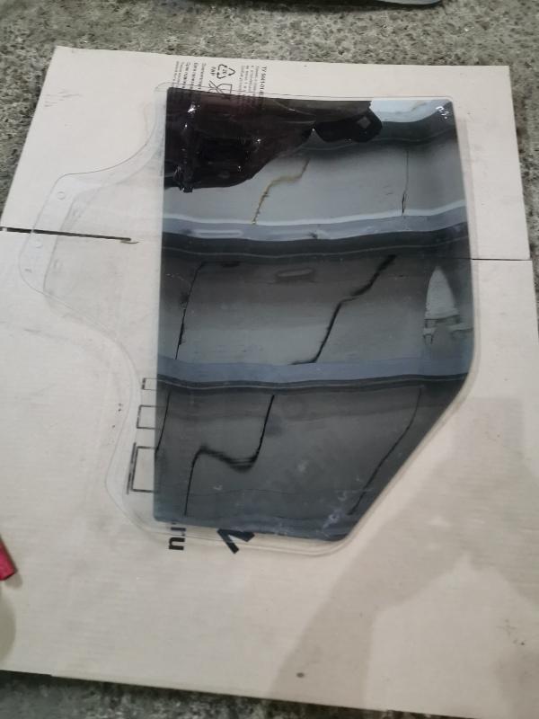 Стекло двери Renault Logan 1 K7J 2008 заднее правое (б/у)