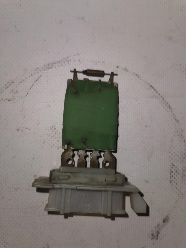 Резистор печки Renault Logan 1 K7J 2008 (б/у)