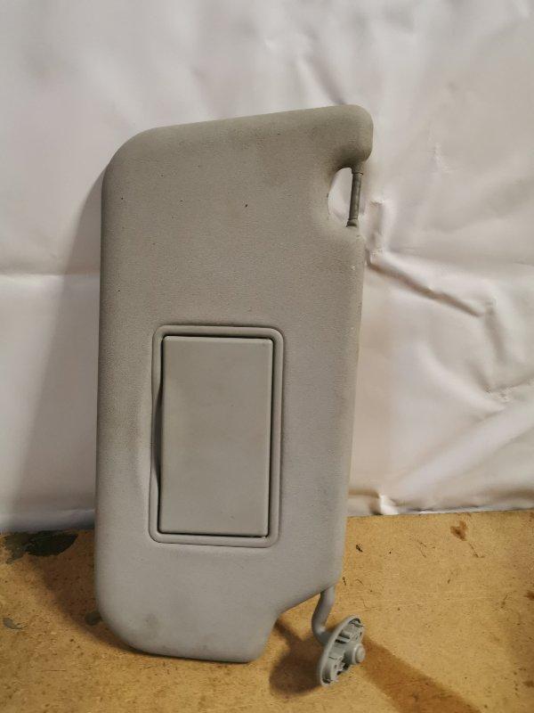 Козырек солнцезащитный Ford Fusion 2007 правый (б/у)