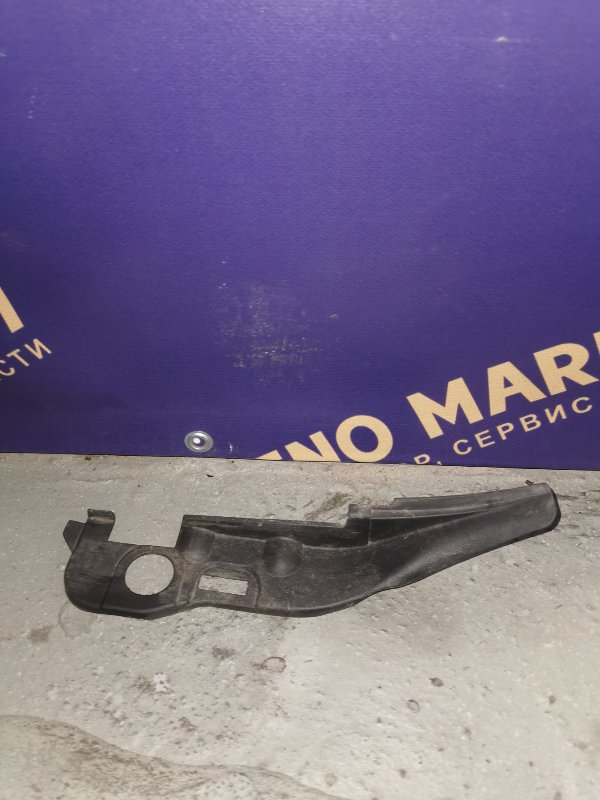 Накладка петли капота Renault Kangoo 1 (б/у)