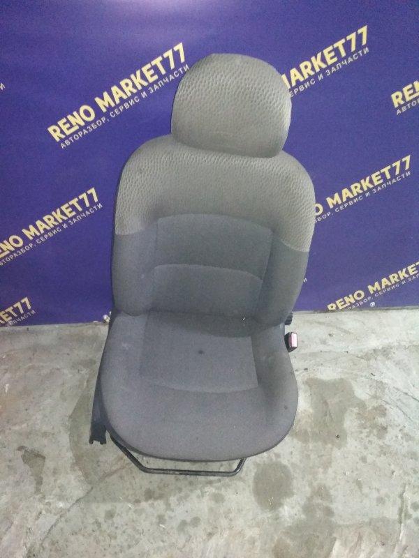 Сиденье Renault Kangoo 1 1997 переднее правое (б/у)