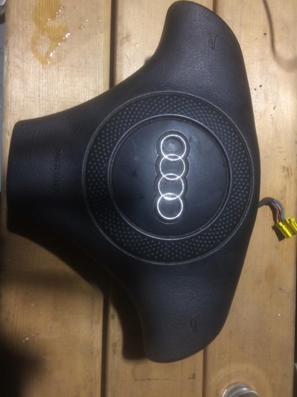 Подушка безопасности в руль Audi A4 1996 (б/у)