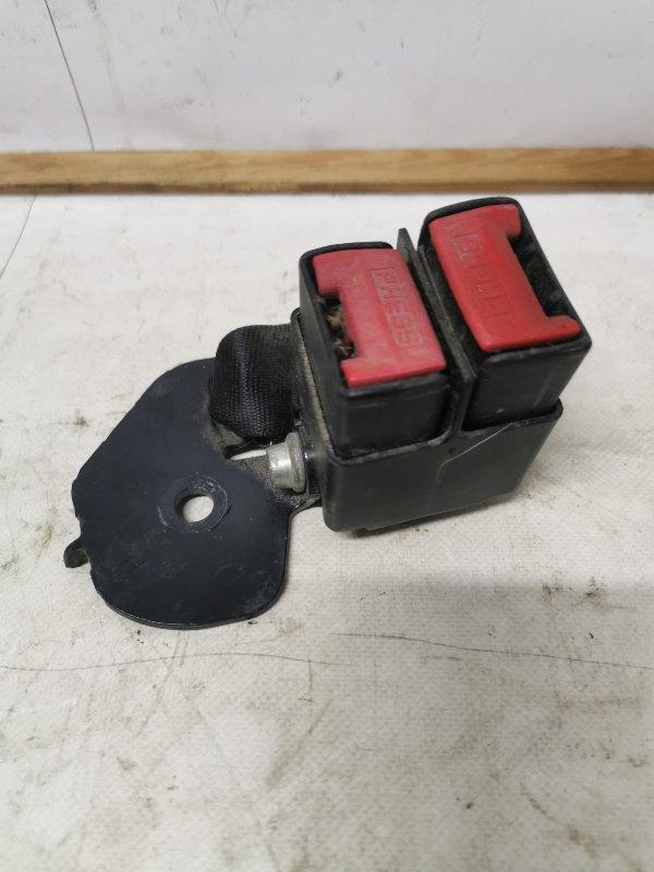 Ответная часть ремня безопасности Renault Symbol 2 СЕДАН 1.6 K4M 2011 задняя правая (б/у)