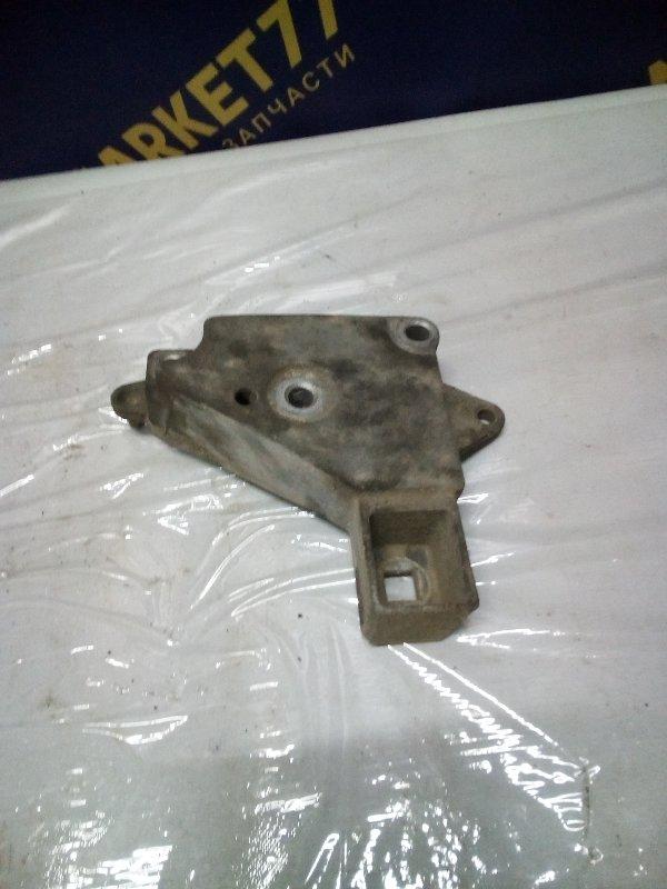 Кронштейн опоры двигателя Renault Kangoo 1 KC K9K 2006 правый (б/у)