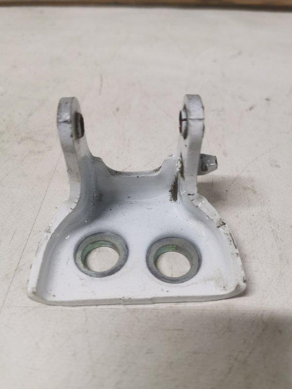 Петля двери Peugeot 308 4A/C EP6 2010 задняя правая (б/у)