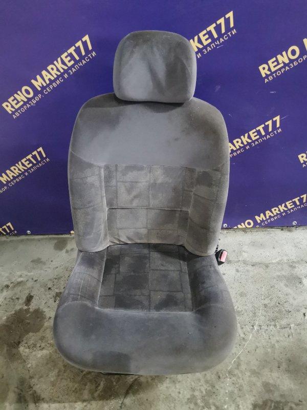 Сиденье Renault Megane 1 ХЭТЧБЭК K7J 2000 переднее правое (б/у)