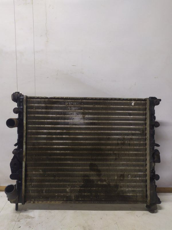 Радиатор охлаждения Renault Megane 1 ХЭТЧБЭК K4J 2000 (б/у)