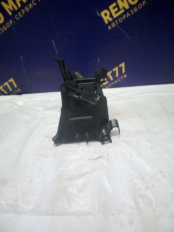 Корпус блока предохранителей Renault Symbol 1 1998 (б/у)