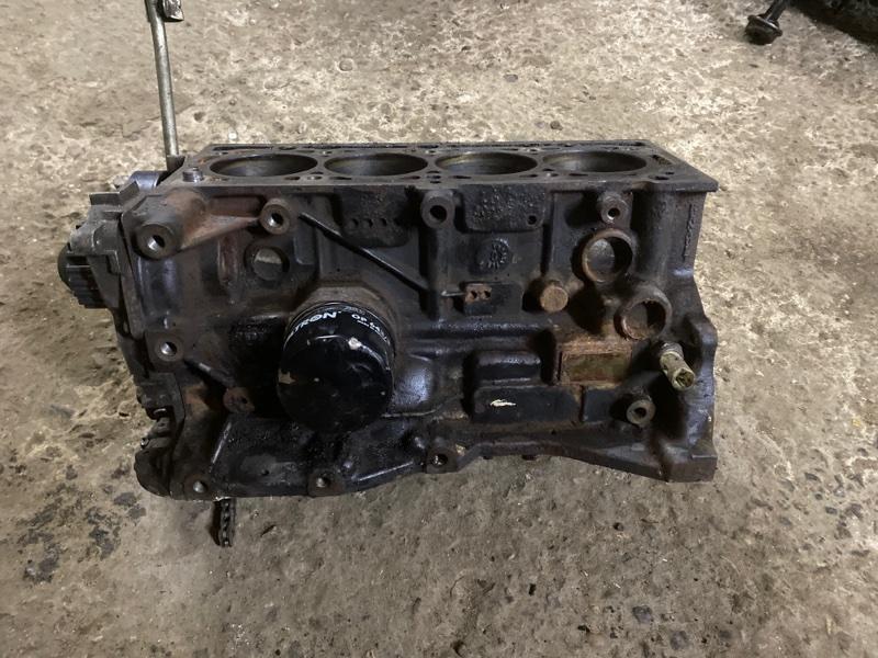 Блок двигателя Renault Logan 2 L8 K7M 812 2016 (б/у)