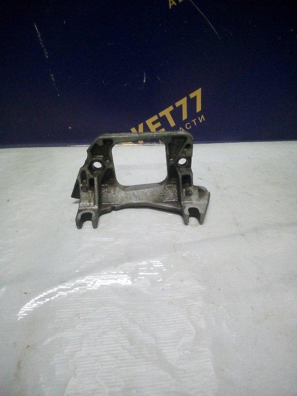 Кронштейн опоры кпп Renault Kangoo 1 K7J 2006 (б/у)