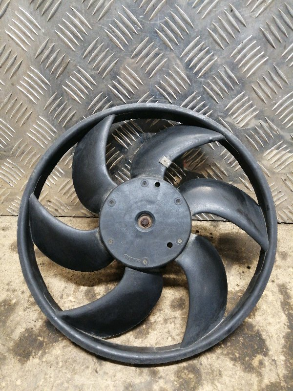 Вентилятор радиатора Lada Largus K7M 2013 (б/у)