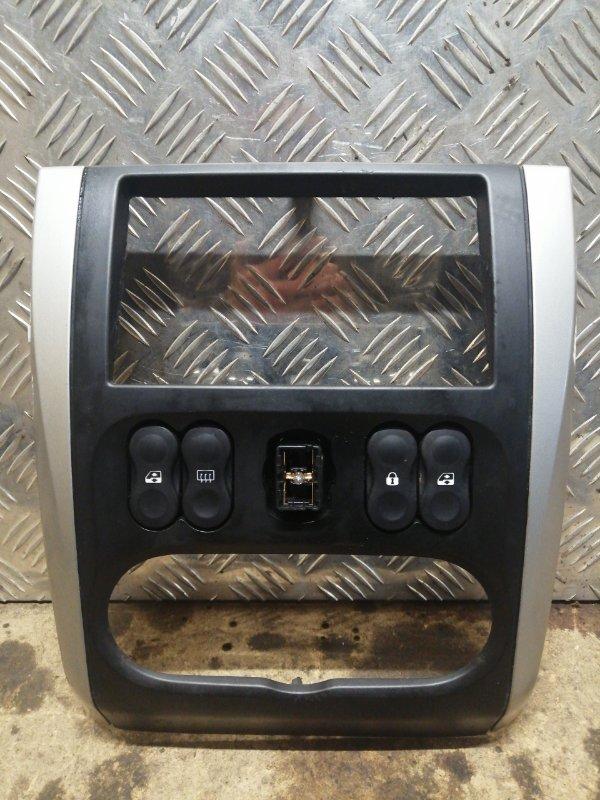 Рамка магнитолы Nissan Almera G15 K4M 1.6 2015 (б/у)