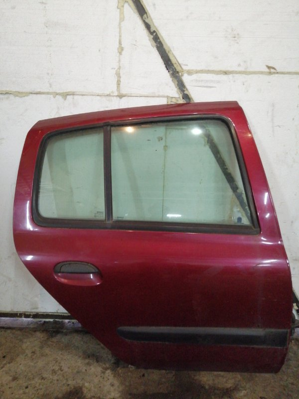Дверь Renault Clio 2 ХЭТЧБЭК K4J 2003 задняя правая (б/у)