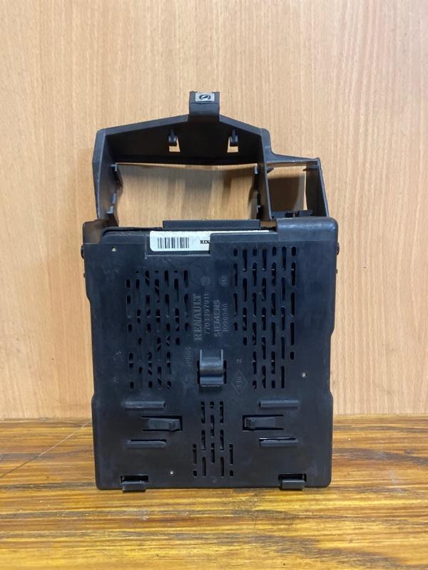 Блок предохранителей Renault Megane 1 K4M 1998 (б/у)