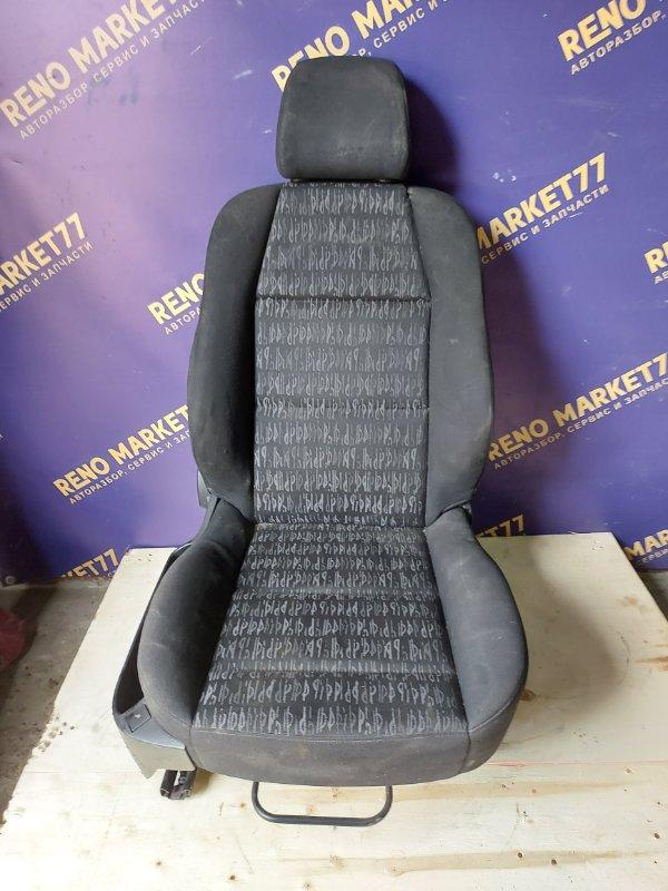 Сиденье Peugeot 307 УНЕВЕРСАЛ 1.6 109 Л.С 2004 переднее правое (б/у)