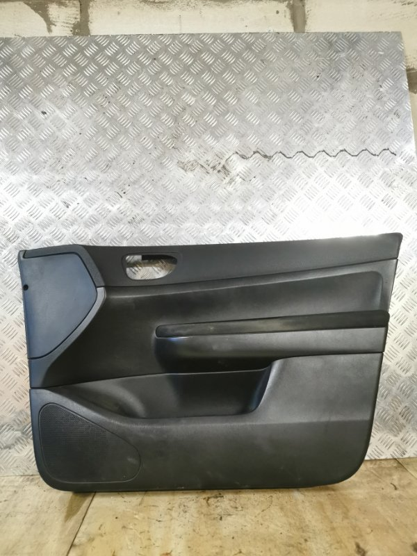 Обшивка двери Peugeot 307 УНЕВЕРСАЛ 1.6 109 Л.С 2004 передняя правая (б/у)