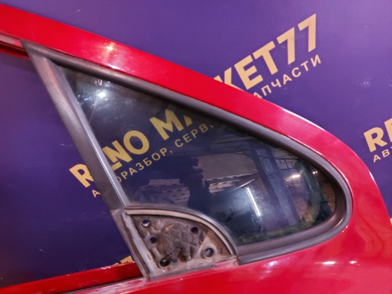 Стекло двери Peugeot 307 УНЕВЕРСАЛ 1.6 109 Л.С 2004 переднее правое (б/у)