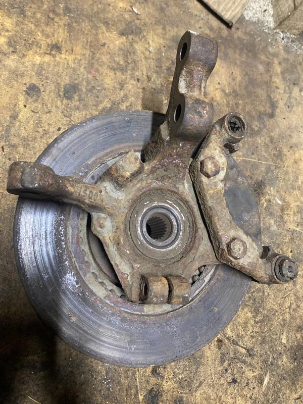 Кулак поворотный Renault Kangoo 1 K7J 1999 передний левый (б/у)