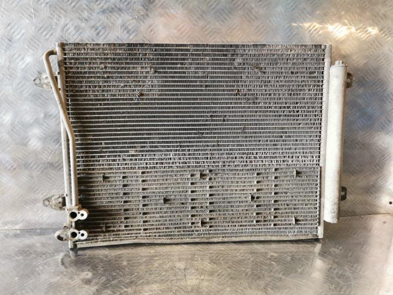 Радиатор кондиционера Volkswagen Passat УНИВЕРСАЛ (б/у)