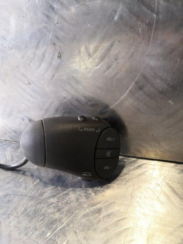 Блок управления магнитолой на руле Renault Logan 1 СЕДАН K7M710 2007 (б/у)