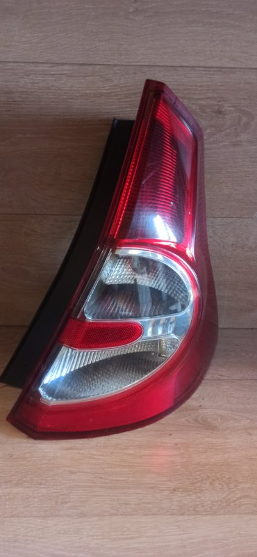 Фонарь Renault Sandero 1 ХЭТЧБЭК K4M690 2013 задний правый (б/у)