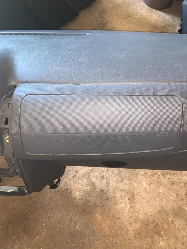 Подушка безопасности пассажира Lada Largus LB K7M 2013 (б/у)