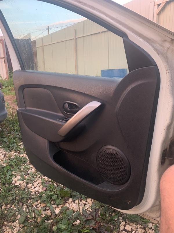 Обшивка двери Renault Logan 2 L8 K7M 2015 передняя левая (б/у)