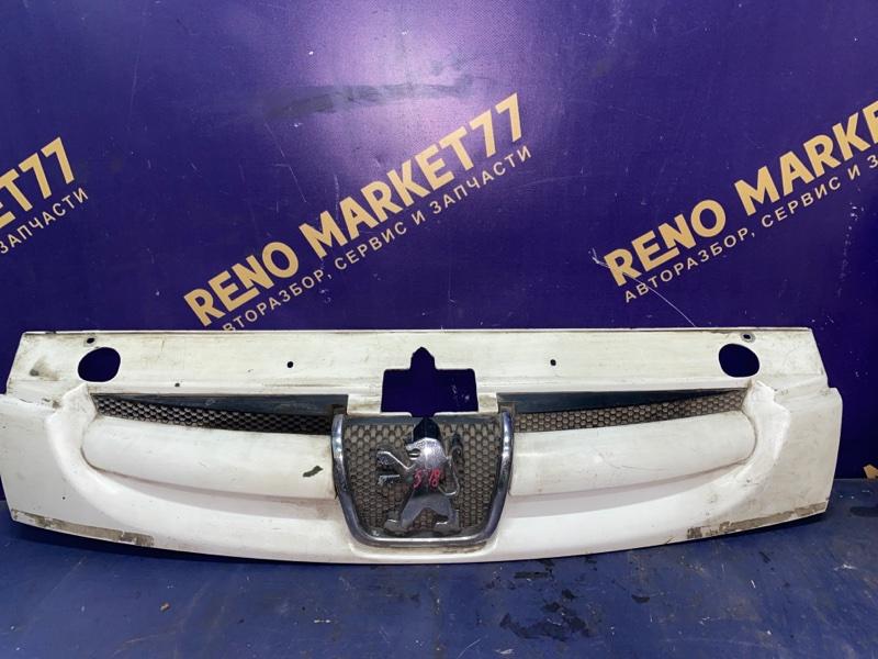 Решетка радиатора Peugeot Partner M59 1996 (б/у)