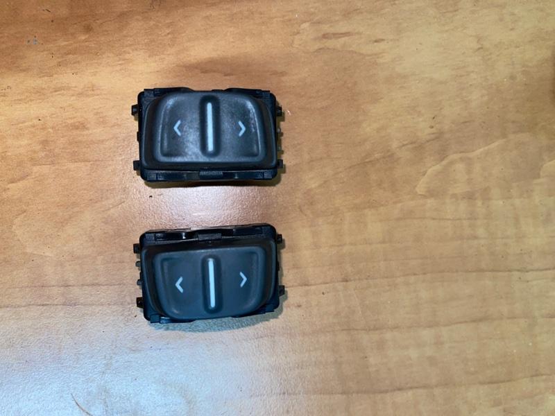 Кнопка стеклоподъемника Renault Logan 2 L8 K7M 2015 (б/у)