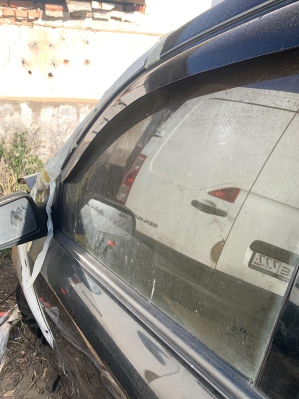 Стекло двери Hyundai Tucson 2.0 ДИЗЕЛЬ 2007 переднее левое (б/у)