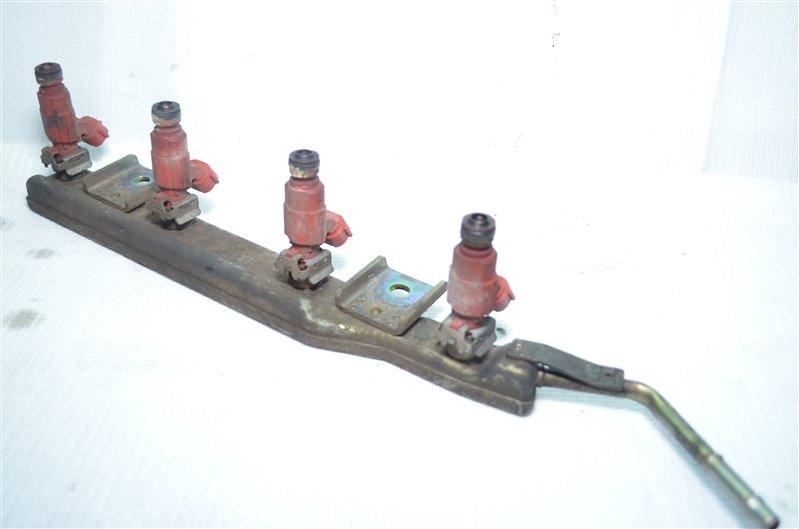 Топливная рейка (рампа) Nissan Primera P11 QG18DE 1999 (б/у)