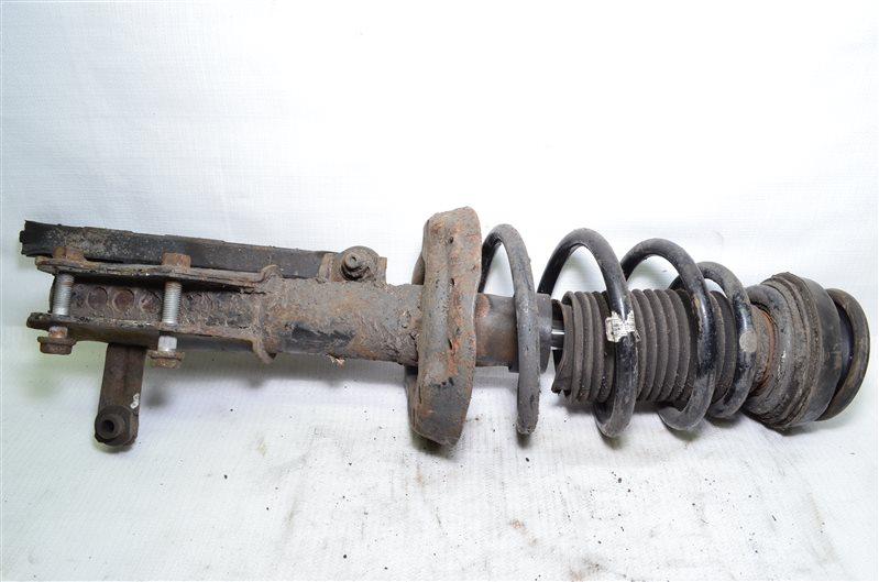 Стойка амортизатора Opel Insignia A20DTH 2009 передняя правая (б/у)