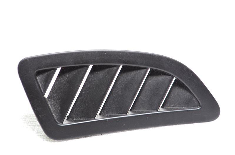 Вентиляционная решетка боковая Opel Insignia A20DTH 2009 правая (б/у)