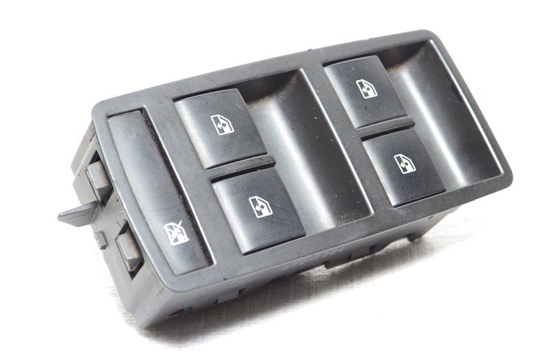 Блок управления стеклоподъемниками водительский Opel Insignia A20DTH 2009 (б/у)
