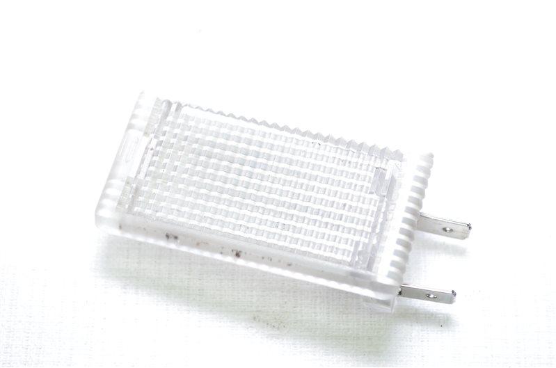 Лампа подсветки порогов Opel Insignia A20DTH 2009 правая (б/у)
