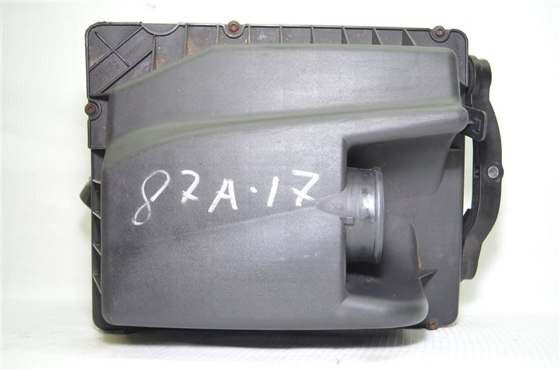 Корпус воздушного фильтра Opel Astra H 1.6 Z16XEP 2006 (б/у)