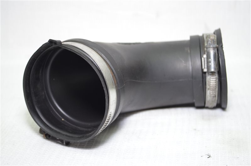 Патрубок воздушного фильтра Opel Astra H 1.6 Z16XEP 2006 (б/у)